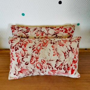 Coussin tissu vintage 1
