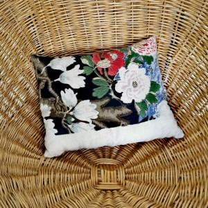 Coussin tissu tapisserie ancienne