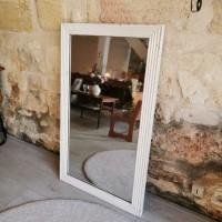 Miroir ancien en bois blanc
