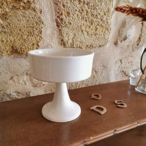 Coupe en céramique blanche