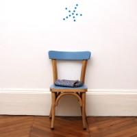 Petite chaise en bois courbé alizé
