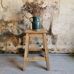 Tabouret ancien en bois