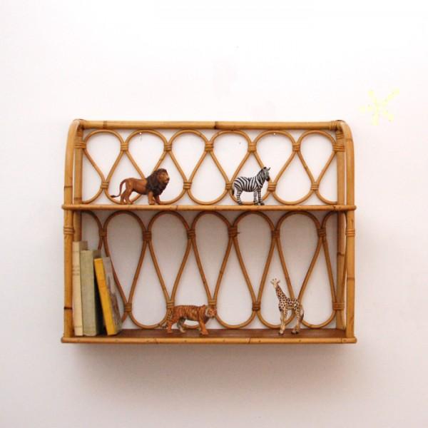 etag re en rotin chahut bahut. Black Bedroom Furniture Sets. Home Design Ideas