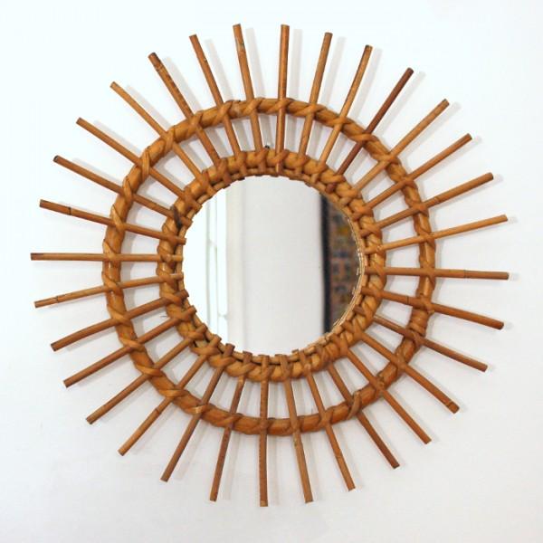 Miroir soleil en rotin chahut bahut for Miroir soleil rotin