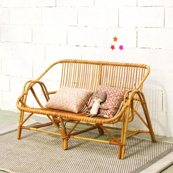banquette en rotin vintage. Black Bedroom Furniture Sets. Home Design Ideas