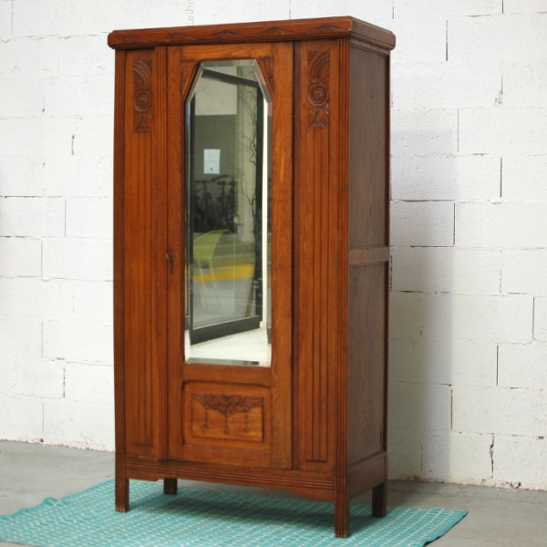 armoire ancienne personnaliser. Black Bedroom Furniture Sets. Home Design Ideas