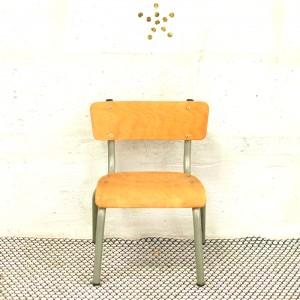 Mini chaise d'écolier