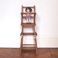 Chaise haute de poupée 1