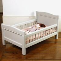 Petit lit de poupée ancien Fil de lin