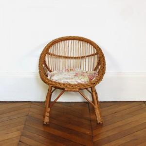 Petit fauteuil en rotin 1