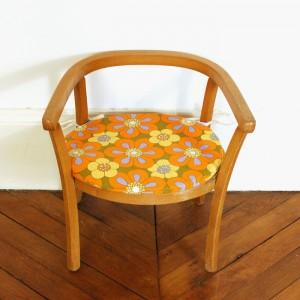 Petit fauteuil Baumann et son coussin 70's 1