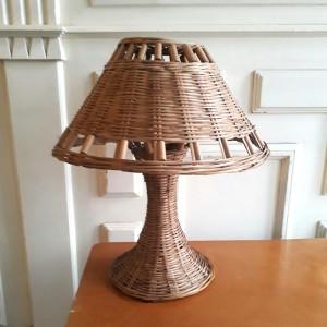Lampe tout osier vintage 1