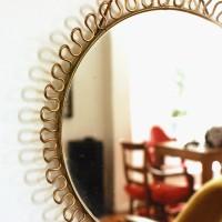 Petit miroir ancien doré
