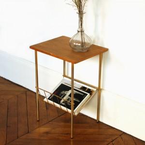 Petite table d'appoint métal doré 1