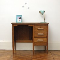3 drawers antique writing desk