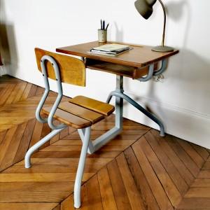 Bureau et chaise d'école ancien High Rise 1