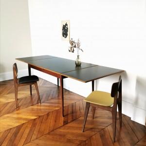 Table vintage en bois et stratifié noir