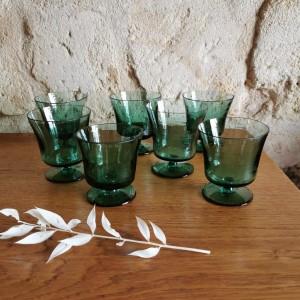 Verres anciens en verre souflé