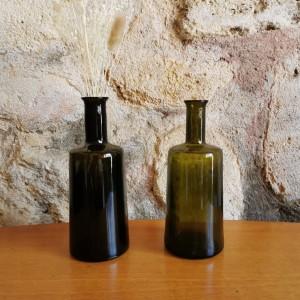 Ensemble de 2 bouteilles anciennes