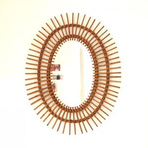 Miroir en rotin soleil ovale