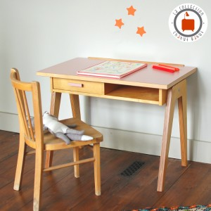 Bureau Gaston Small rose